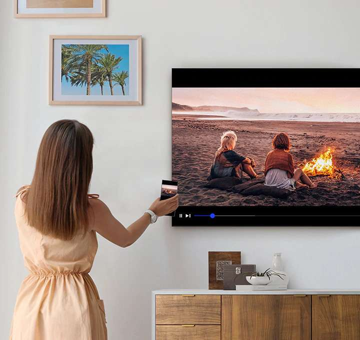 Smart Tivi Samsung 4K 43 inch UA43TU6900 - Tính Năng Tap View Truyền Phát Một Chạm